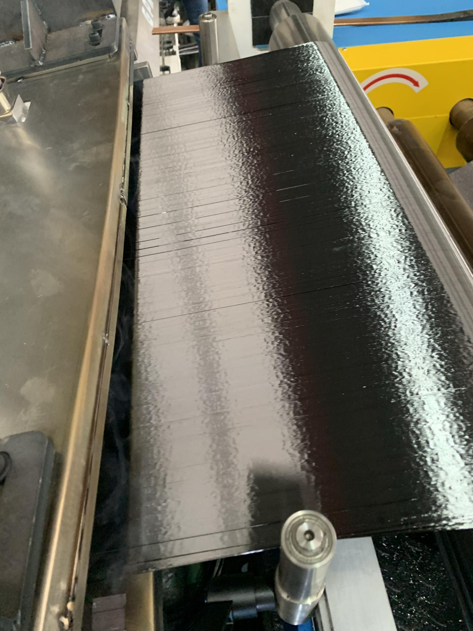 Thermoplastic composite prepreg tape realizes the laying speed of thermoset plastic